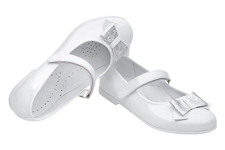 9020216d8eeb76 Balerinki buty komunijne KORNECKI 6270 Białe Lakierki - NeptunObuwie.pl
